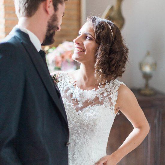 Photo de couple romantique. Julie Nagy Wedding Planner Lyon
