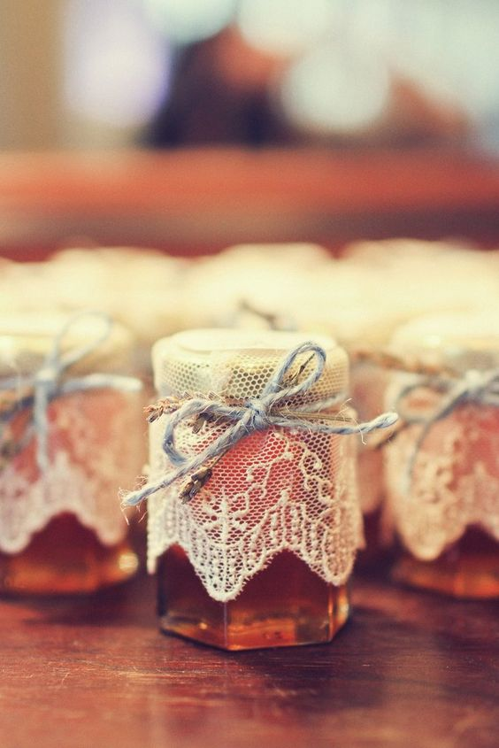 Cadeau invité gourmand et original. Julie Wedding Planner Lyon.
