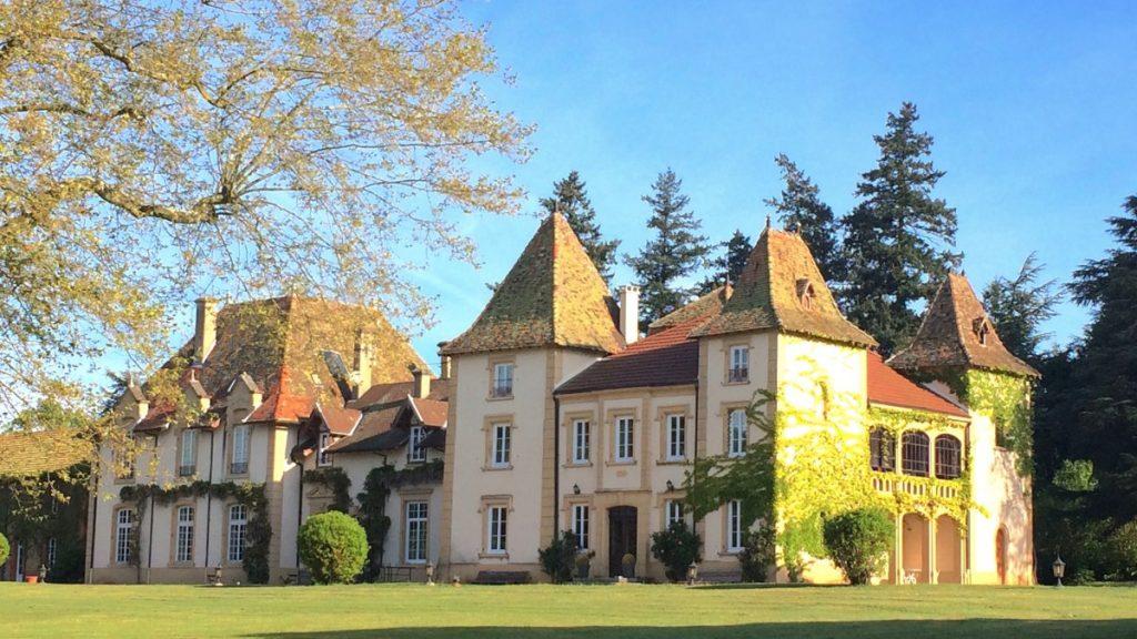 Domaine des grands cèdres - Château pour son lieu de mariage. Julie Wedding Planner Lyon.